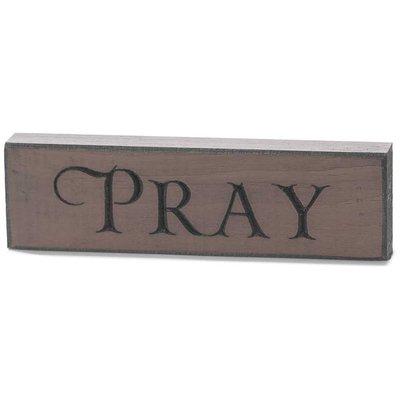 Houten tabletop met de tekst 'Pray'
